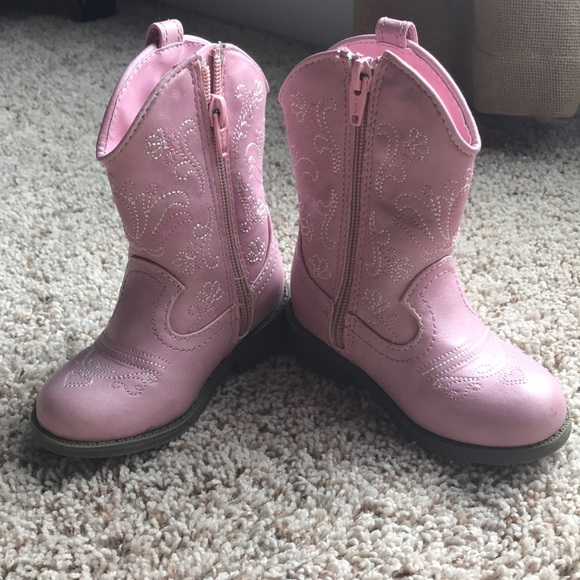 Cat And Jack Size 7 Girls Boots Lite